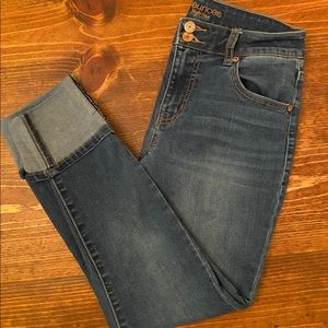 Maurices cuffed cropped jeans